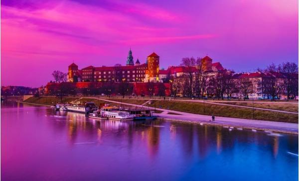 Elegantní hotel Petrus *** kousek od centra Krakova se snídaní a dětmi do 12 let zdarma