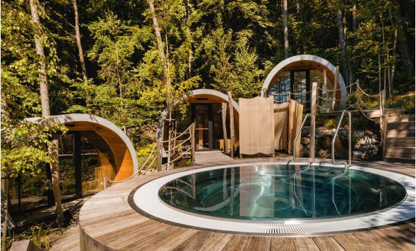 Podzim u legendární Zelené žáby se vstupem do jedinečného venkovního saunového světa nebo na koupaliště