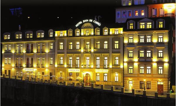 Karlovarský podzim v Hotelu Jean de Carro**** přímo na kolonádě s polopenzí, vstupem do thermaria i s masáží