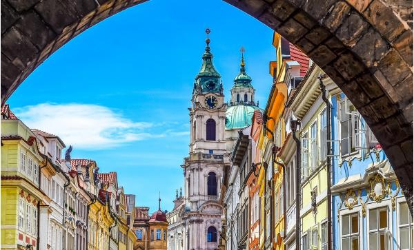 Hotel D`Angelo*** v centru Prahy se snídaní a dětmi do 5 let zdarma