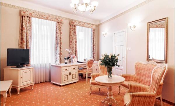 Pravá historická atmosféra Krakova s pobytem v centru v hotelu Amadeus ****