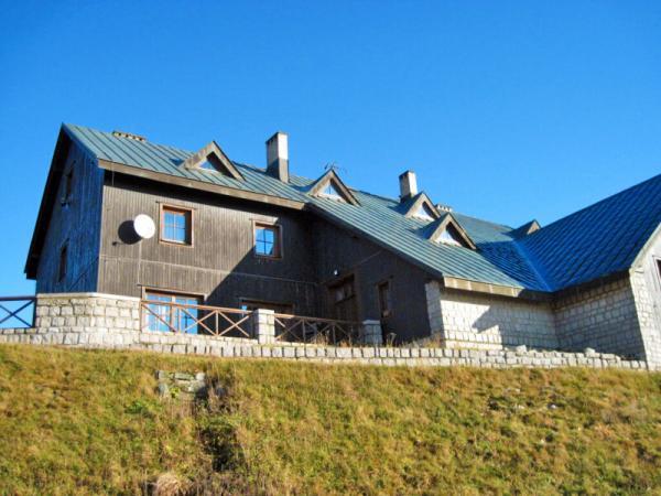 Krkonoše v horské chatě se vstupem do sauny a polopenzí