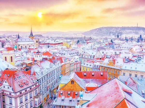 Praha v hostelu v centra města + snídaně nebo polopenze a bowling zdarma