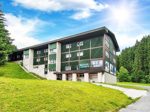 Špindlerův Mlýn v hotelu u centra se saunou a polopenzí, i přes hlavní letní sezónu