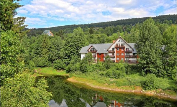 Luxusní apartmány pro až 4 osoby ve Špindlerově Mlýně s výhledem na jezero - zařiďte se v Krkonoších podle svého s platností do prosince 2020