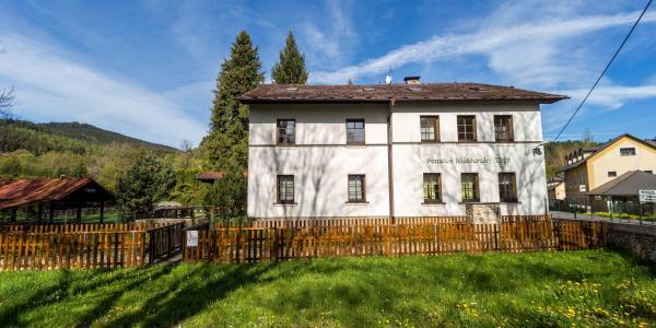 Aktivní odpočinek na Šumavě s ubytováním v penzionu Klášterský Mlýn s polopenzí a sportovním vyžitím