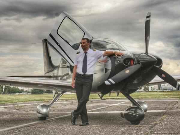 Pilotem luxusního letadla na zkoušku Praha