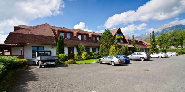 Dovolená pod majestátními štíty Tater s polopenzí, saunou a 2 dětmi do 6 let v hotelu Autis ***