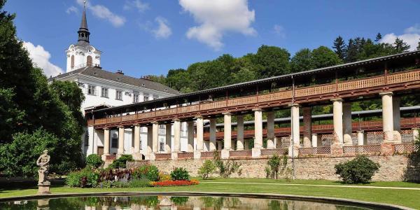 Pobyt pro dva u zámku Lysice na jižní Moravě s polopenzí, bazénem a wellness za polovic