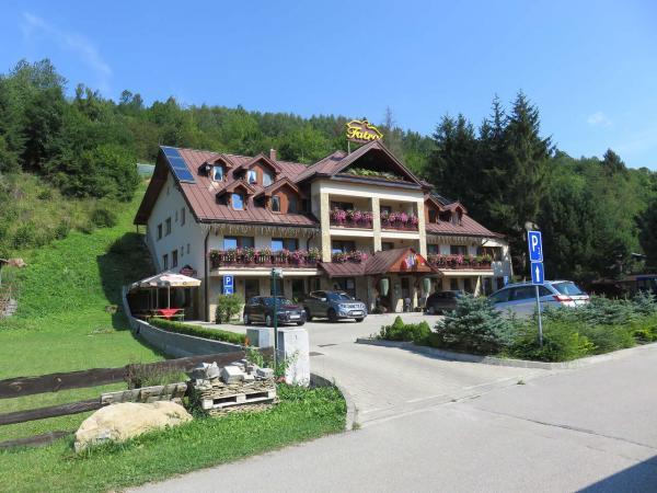 Hotel Fatra: Centrum Jánošíkova rodiště v obklopení krásných hor