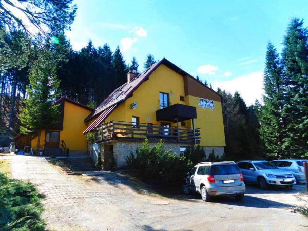 Podzimní Beskydy v penzionu Na Lukách s polopenzí, saunou, skvělým zázemím pro sport a platností do prosince 2020