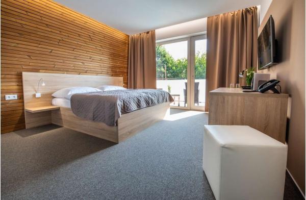 Zbrusu nový hotel ve známých termálech Malé Bielice s gurmánskou polopenzí nebo plnou penzí, neomezeným wellness a platností do prosince 2020