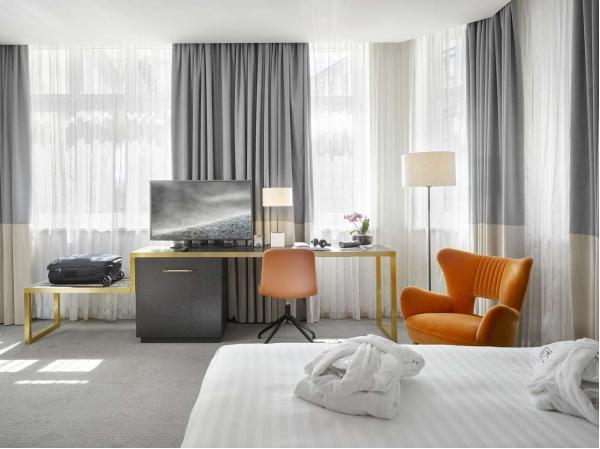 Luxusní pobyt se snídaní v K + K Hotelu Fenix **** pár kroků od Václavského náměstí