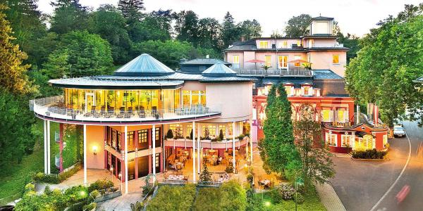 Wellnesshotel Allmer **** uprostřed čisté alpské přírody s příjemnými bonusy