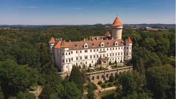 Dovolená v Hotelu Týnec jen 10 minut od zámku Konopiště se snídaní