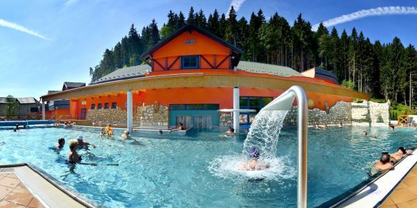 Relax v Lázeňském hotelu KUBO *** v Lúčkách s plnou penzí, koupáním a procedurami, platnost až do prosince 2020