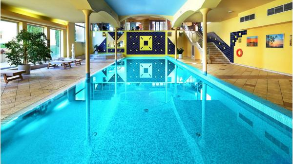 Mimořádně vyhledávaný Top Hotel Praha **** s jedinečnou zahradou a neomezeným wellness