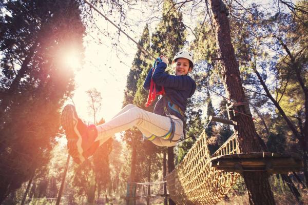 Aktivní dovolená s plnou penzí v pohodlných chatičkách se sportovním vyžitím i adrenalinem pro celou rodinu
