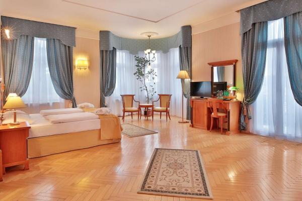 Ozdravný pobyt v hotelu Belvedere Spa & Wellness**** s neomezeným vstupem do bazénu, snídaní, wellness procedurami a platností do února 2021