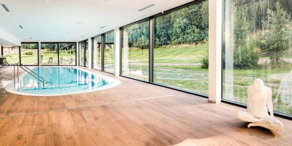 Rodinný pobyt s neomezeným wellness v luxusním 4* Cihelny Golf & Wellness Resort se snídaní a dítětem do 6 let zdarma