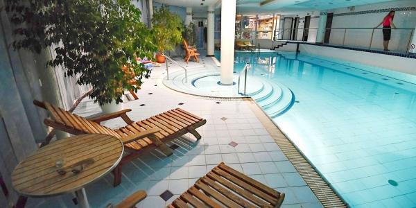 Hotel Prosper s polopenzí i vstupem do bazénu a saunové zóny bez omezení
