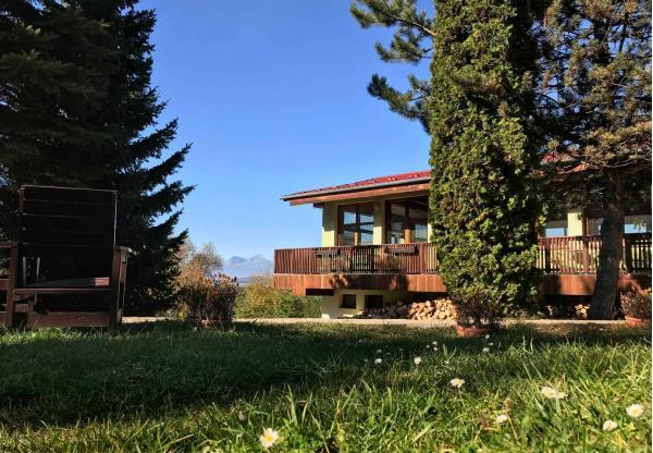 Nádherné prostředí Slovenského ráje s krásným výhledem na Tatry a relax v AquaCity Poprad to je dovolená v Park Hotelu Čingov ***