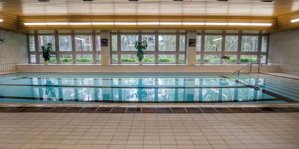Babí léto na břehu Máchova jezera v Hotelu Bezděz*** s polopenzí a bazénem bez omezení