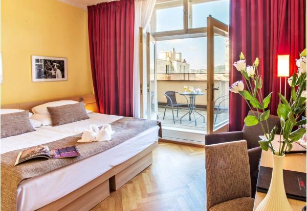 Pobyt v srdci Prahy v hotelu Amarilis**** jen kousek od Staroměstského náměstí se snídaní a možností wellness