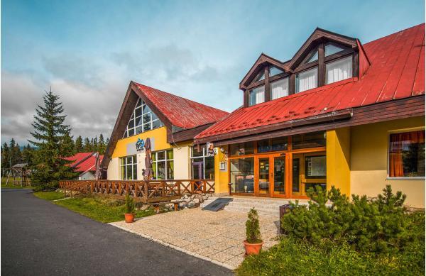 Rodinný hotel Rysy *** ve Vysokých Tatrách s polopenzí, wellness a jedním dítětem do 6 let v ceně, pobyty i během Silvestra