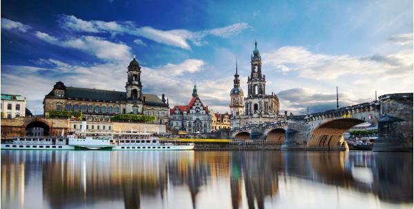 Drážďany s ubytováním v luxusním hotelu Dresden Hauptbahnhof se snídaní a dvěma dětmi do 16,99 let zdarma