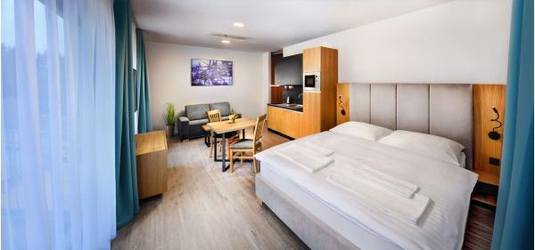 NOVÝ REZORT MALADINOVO s ubytování v maximálním soukromí, se snídaní, privátním wellness a dětmi do 18 let v ceně