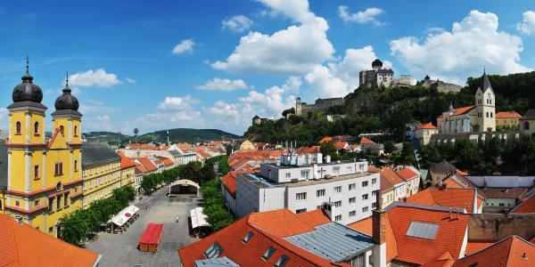 Neomezený wellness pobyt přímo pod Trenčínským hradem v GRAND hotelu *** + Trenčín