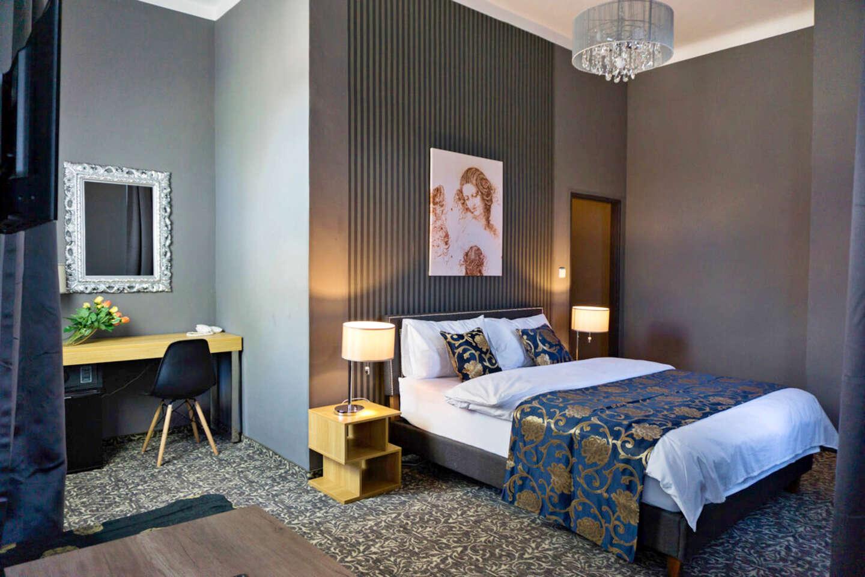Stylový odpočinek s polopenzí v butikovém hotelu Da Vinci v Mariánských Lázních, s možností wellness a platností do března 2021