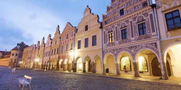 Krásy jižních Čech z rodinného Hotelu Myslivna v centru Třeboně s polopenzí, bazénem a vstupem do solné jeskyně