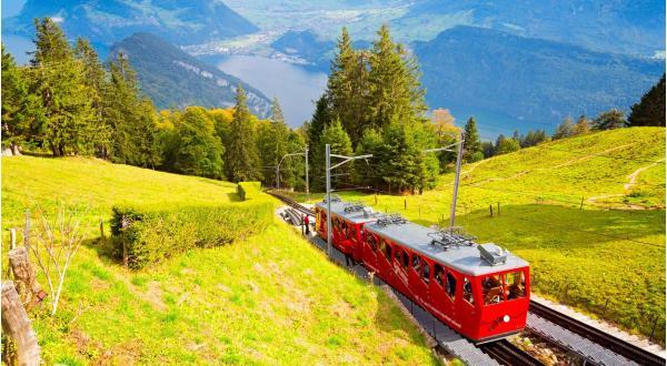 Zájezd na 3 dny do Švýcarska za alpskými panoramaty a nejstrmější zubačkou světa