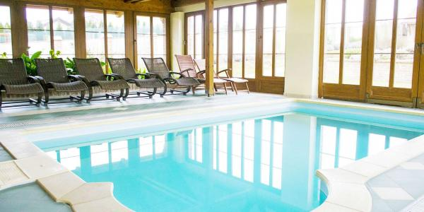 Neomezená konzumace vína s občerstvením, špičková kuchyně a bazén v Lednicko-valtickém areálu v penzionu Usedlost pod vinohrady