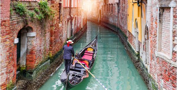 Překvapení pod stromeček v podobě výletu do Benátek s návštěvou ostrovů Murano a Burano a možností výběru pozdějšího termínu odjezdu
