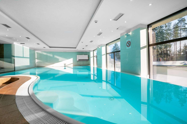 Vynikající resort Altis včetně polopenze, neomezeného wellness, bruslení a množstvím jiných aktivit