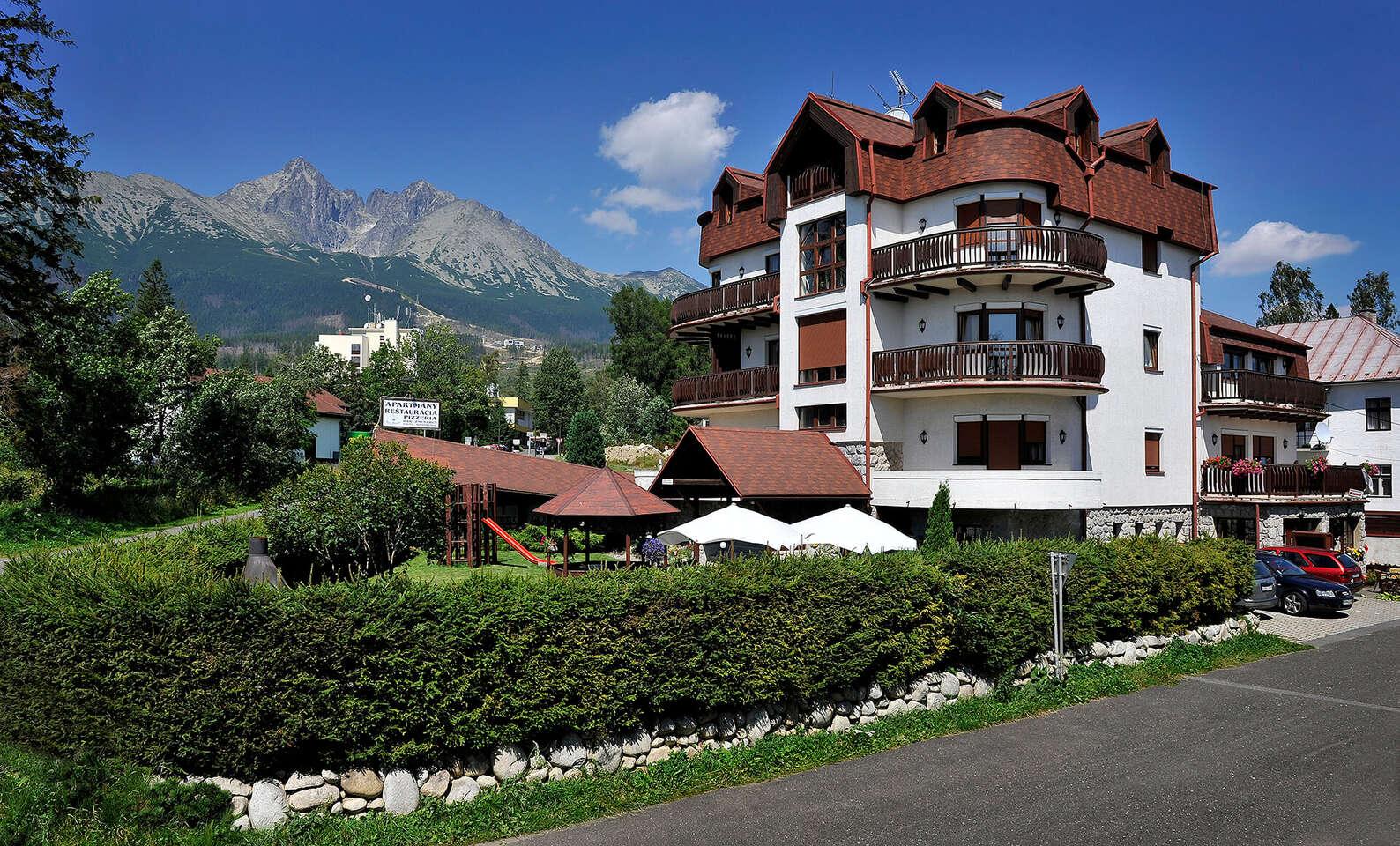 Moderní vila Beatrice přímo pod Tatrami se snídaní a množstvím slev