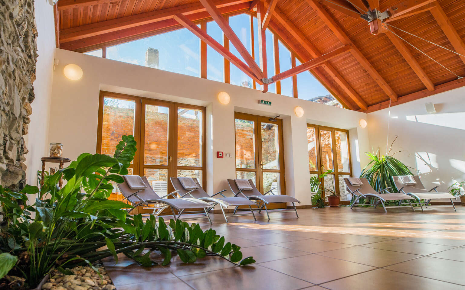 Zlaté Hory v Jeseníkách s wellness bez omezení v penzionu Praděd a platností do června 2021