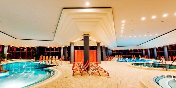 Pobyt s polopenzí nebo all inclusive a neomezeným wellness v 4* hotelu Greenfield v oblíbených lázních Bükfürdő a 2 děti do9 let zdarma