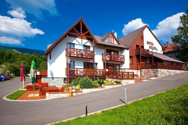 Relax i aktivní odpočinek v krkonošském hotelu Helena s plnou penzí, saunou a zapůjčením kol na 4 hodiny