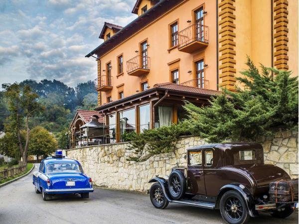 Romantik hotel Eleonora se snídaní či polopenzí a koupelí poblíž historické centra města Tábor s oceněním 3* Hotel Jihočeského kraje