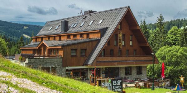 Oblíbený Hotel Stoh***+ ve Špindlerově Mlýně s polopenzí a vstupem do Vodního ráje