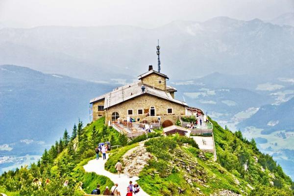 Poznejte Orlí hnízdo a nejhlubší jezero střední Evropy při 1denní poznávacím zájezdě do jižního Bavorska