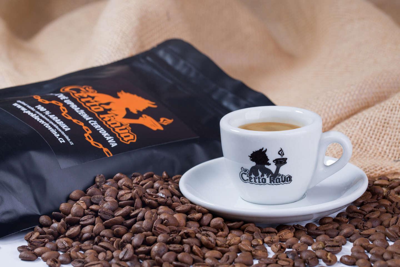 Dokonalá chuť speciální Čertokávy aneb čerstvě pražená káva z Brazílie se slevou na vstup do Pekla Čertovina
