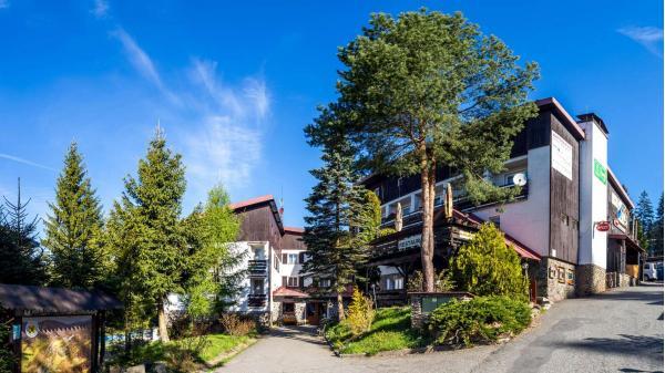 Letní dovolená v hotelu Kolibřík na šumavském Špičáku se snídaní nebo polopenzí