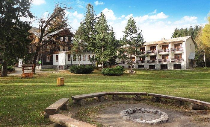 3–6denní pobyt s polopenzí a slevami v horské chatě Eduard v Jeseníkách pro 2 osoby