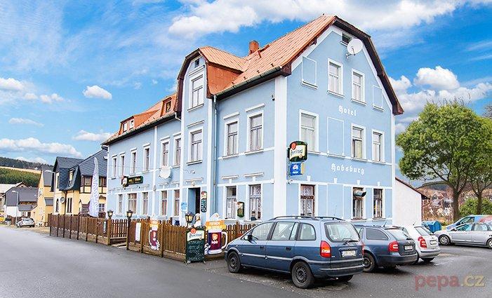 3 až 6denní pobyt pro 2 s polopenzí a slevami v hotelu Habsburg v Krušných horách