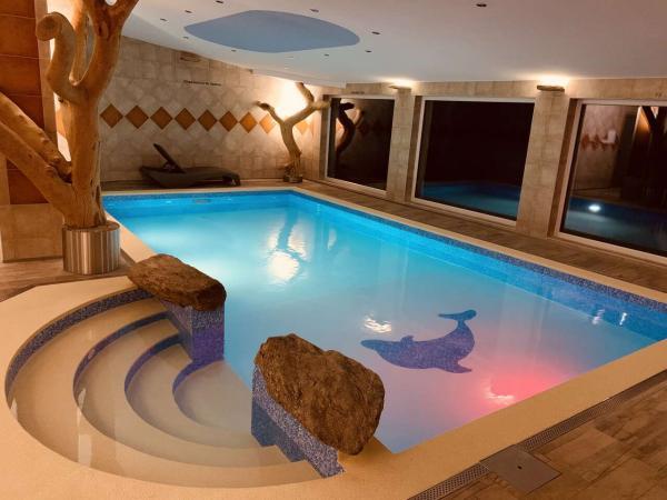 Hotel Podlesí na 2 nebo 3 noci s polopenzí, bazénem, ubytováním v krásném pokoji Lux a platností do ledna 2022
